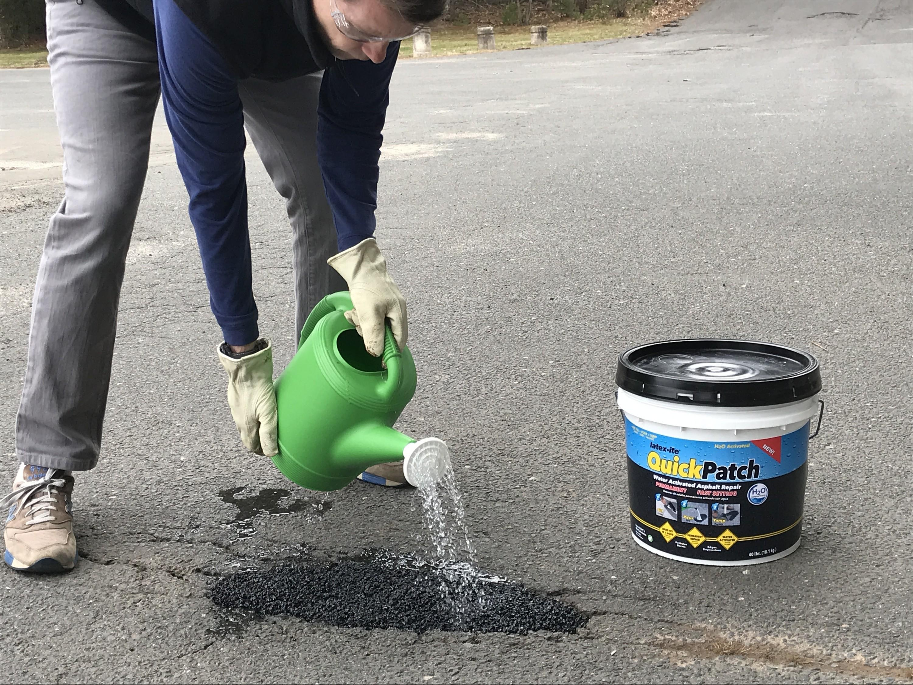 New Quick Patch H2o Water Activated Asphalt Repair Dalton Coatings